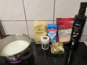 Préparation_polenta crémeuse au cheddar